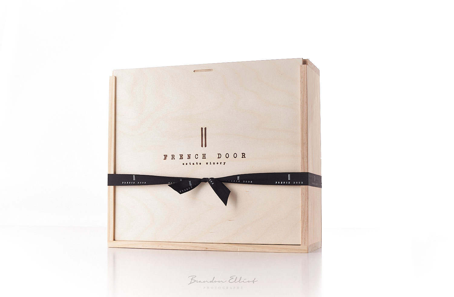 French Door Winery gift box photographed by Osoyoos Photographer Brandon Elliot